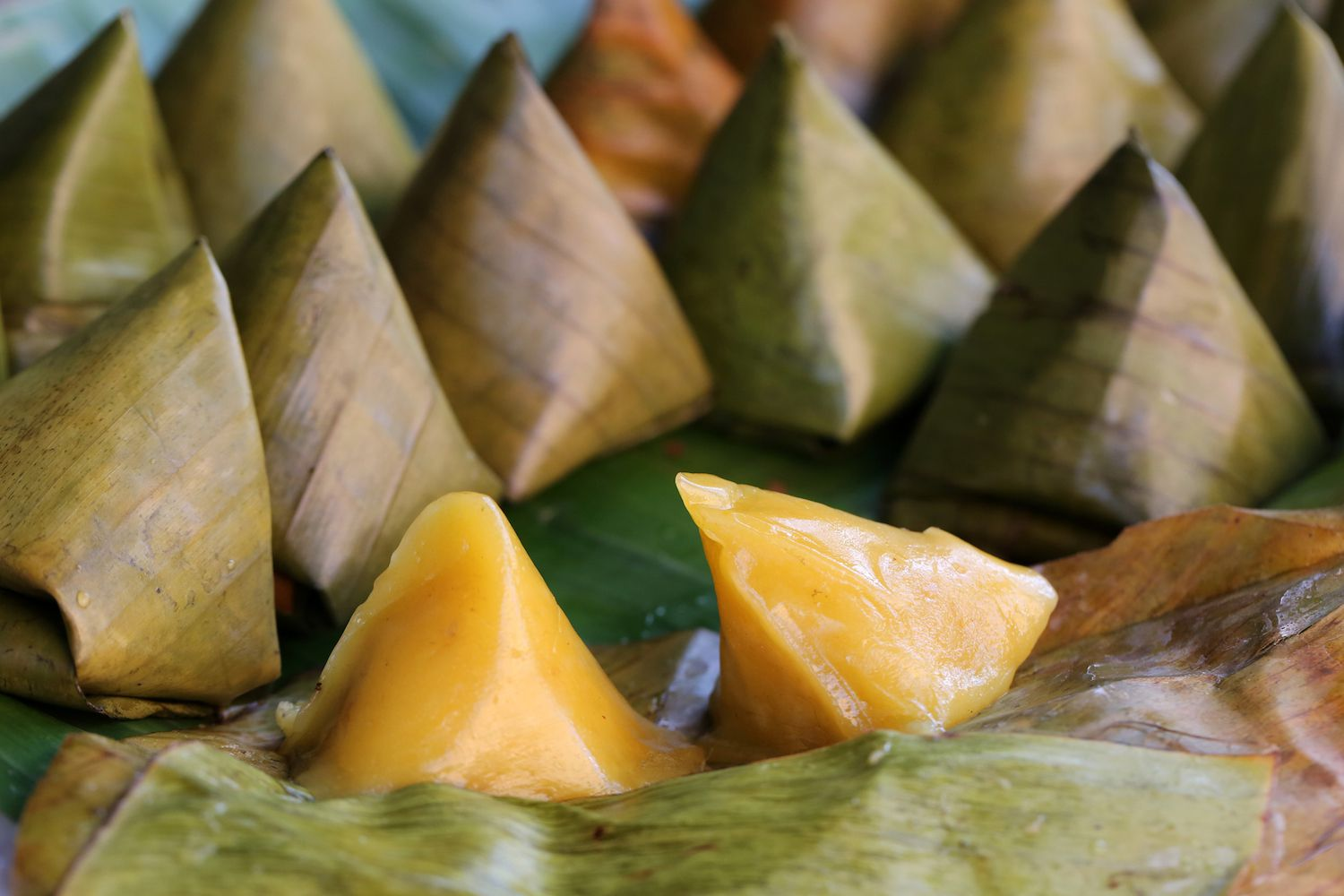 Pyramidal Sticky Rice Cake in rows, Nong Khai