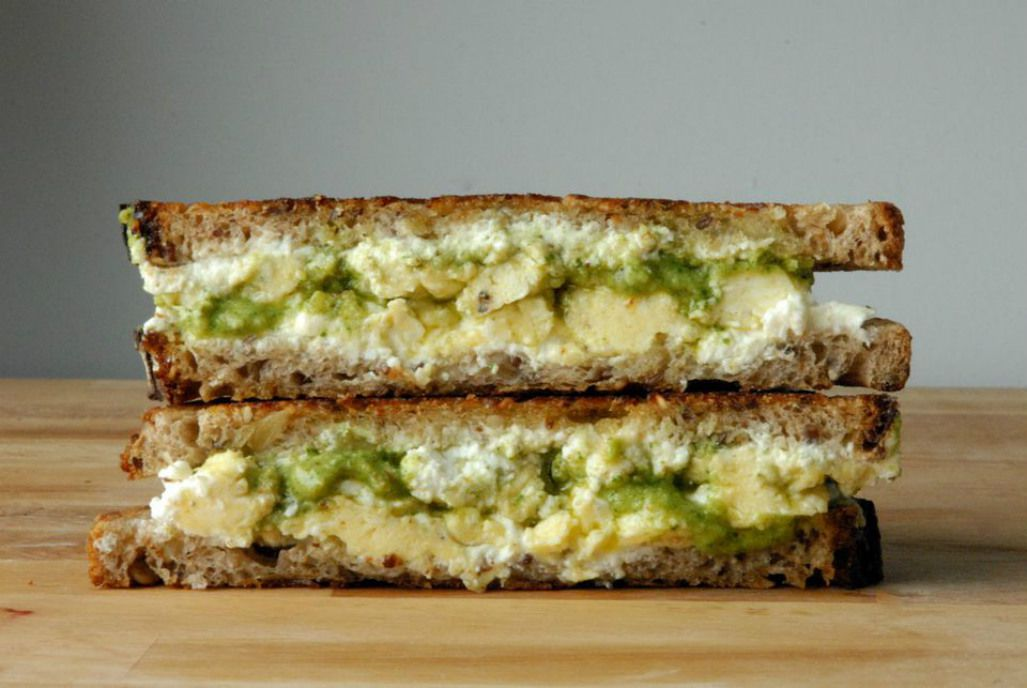 Breakfast Grilled Cheese With Scrambled Eggs and Arugula Pesto