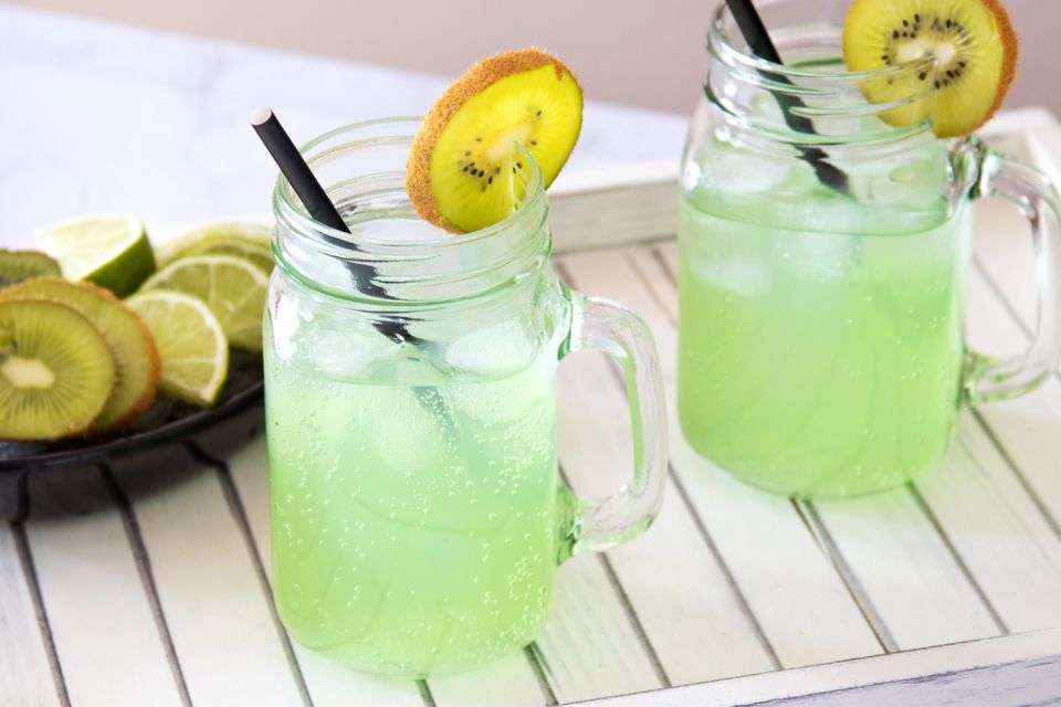 Green Lemonade No-Proof Cocktail