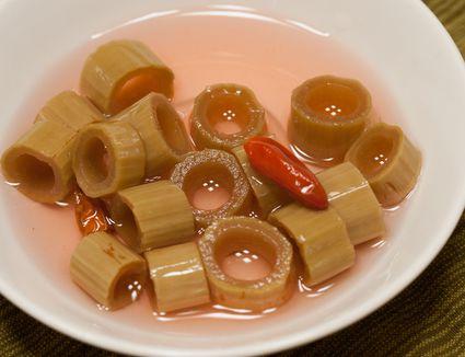 spicy knotweed refrigerator pickles