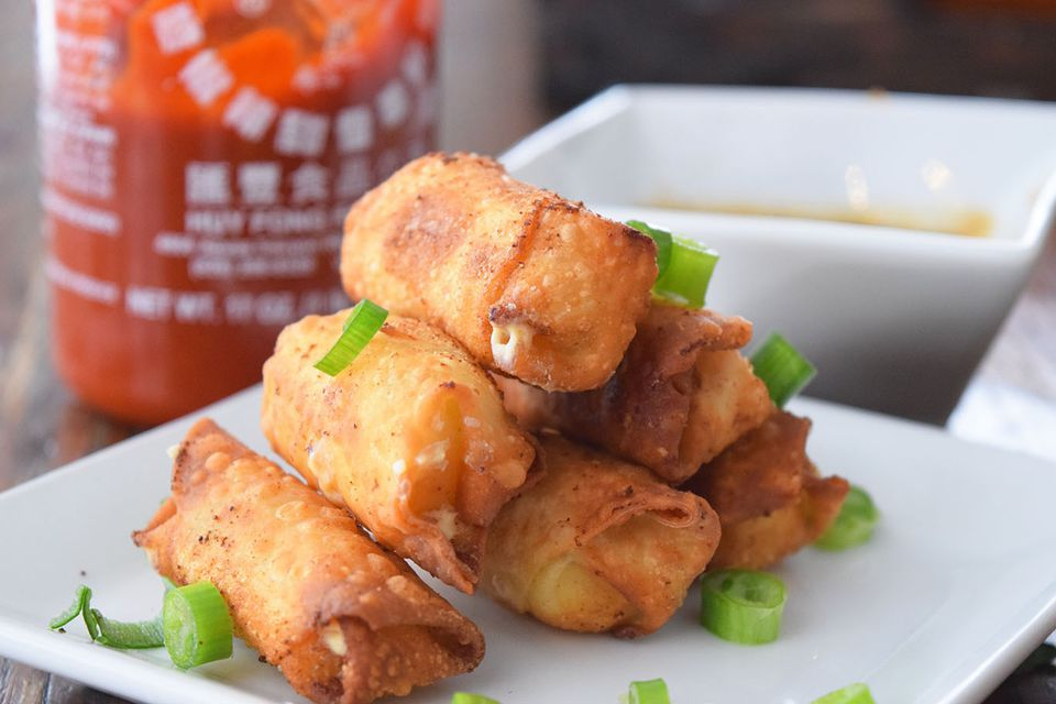 Cooking Chinese Egg Rolls