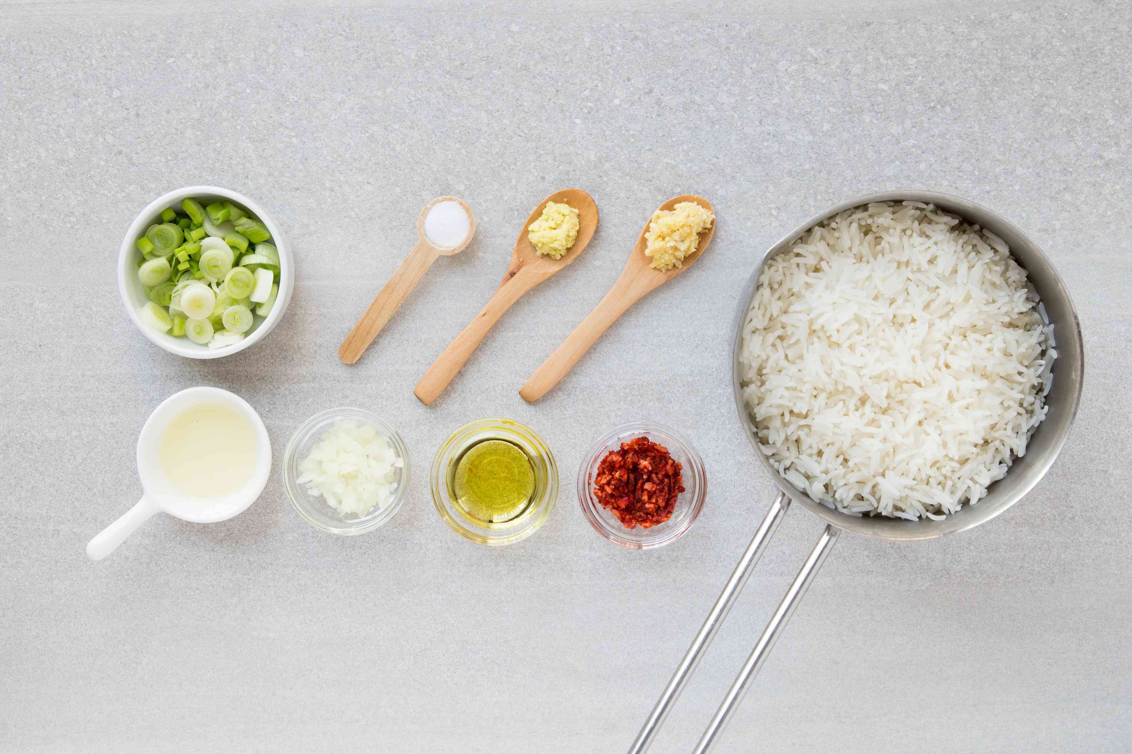 Filipino Garlic Fried Rice With Crab Paste ingredients