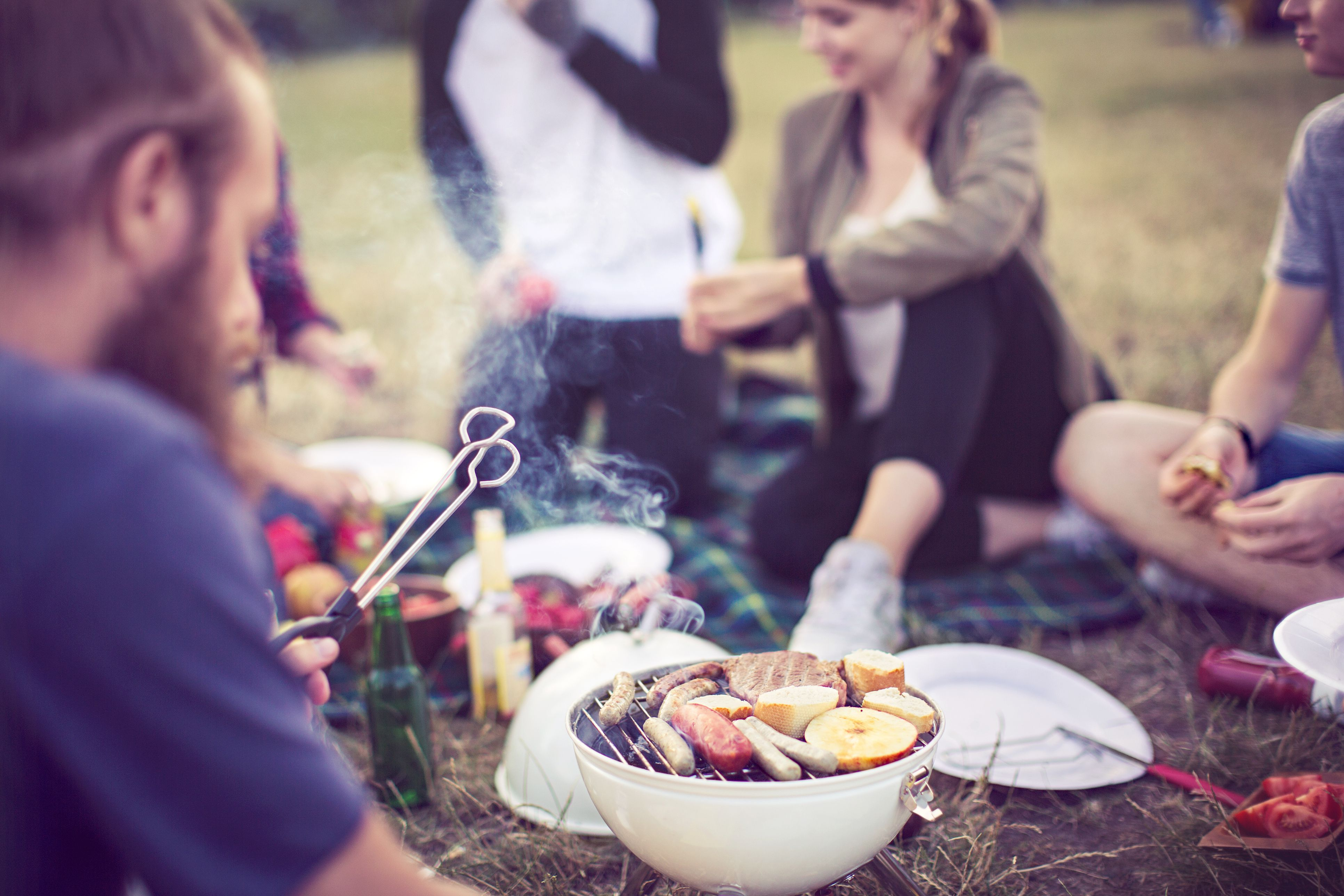 how to eat outside fabulous al fresco food for bbqs bonfires camping and more