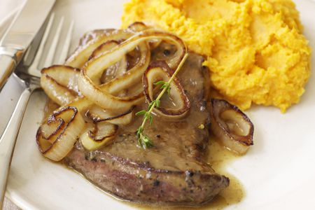Classic Southern Smothered Pork Chops Recipe