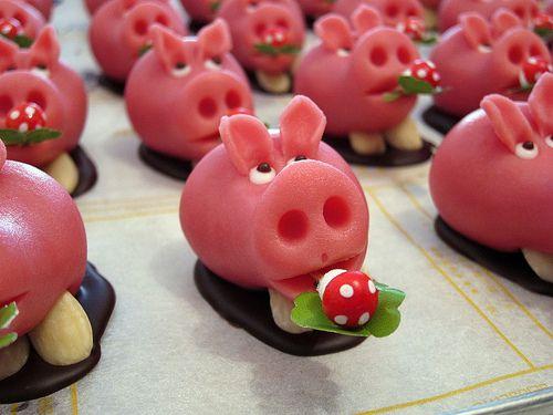 Lucky, Marzipan Pig