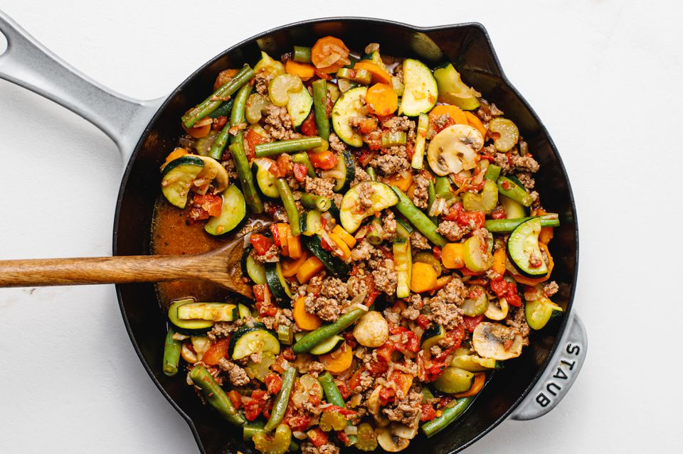 Low-Fat Skillet Ground Beef and Vegetables