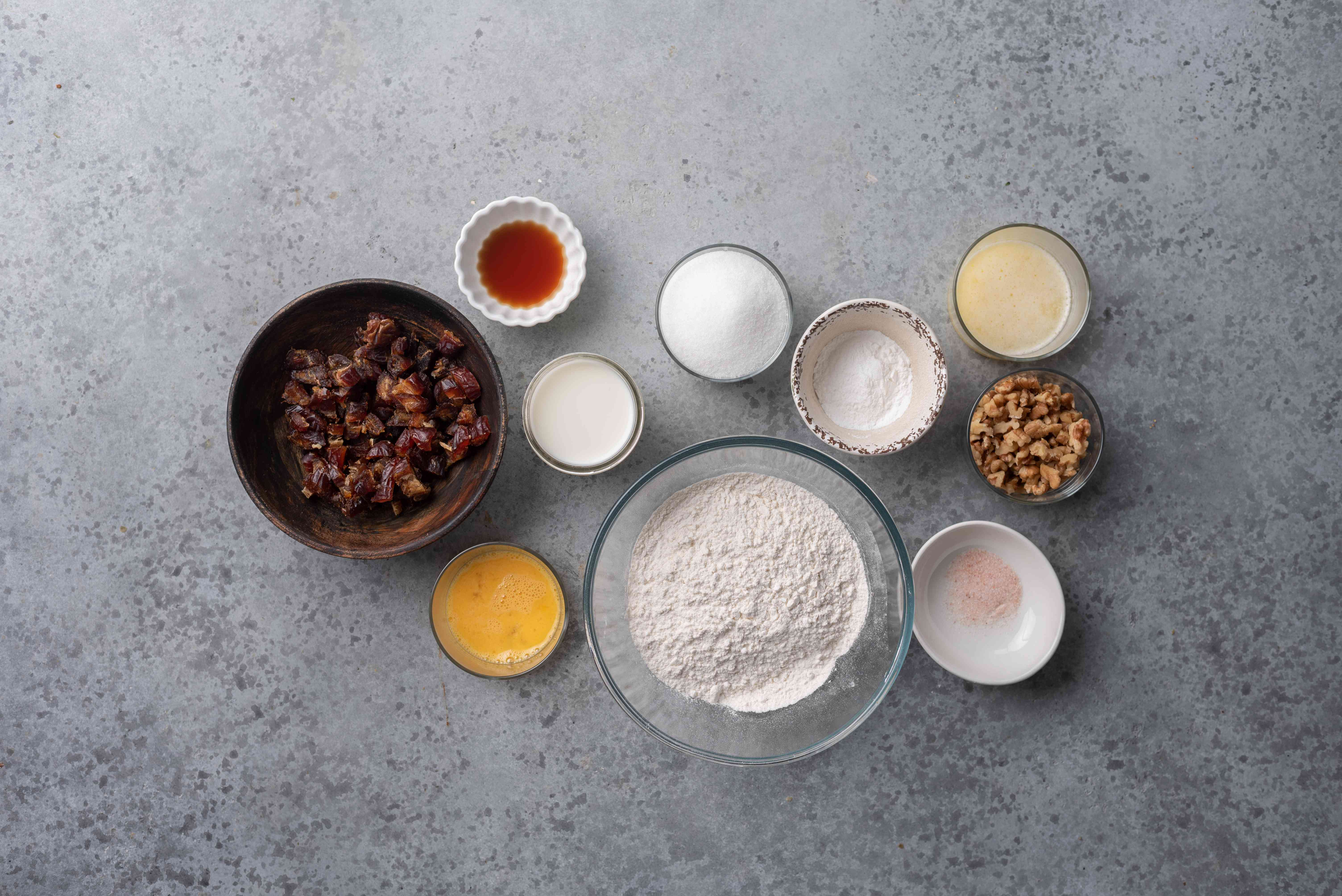 Date Muffins With Walnuts ingredients