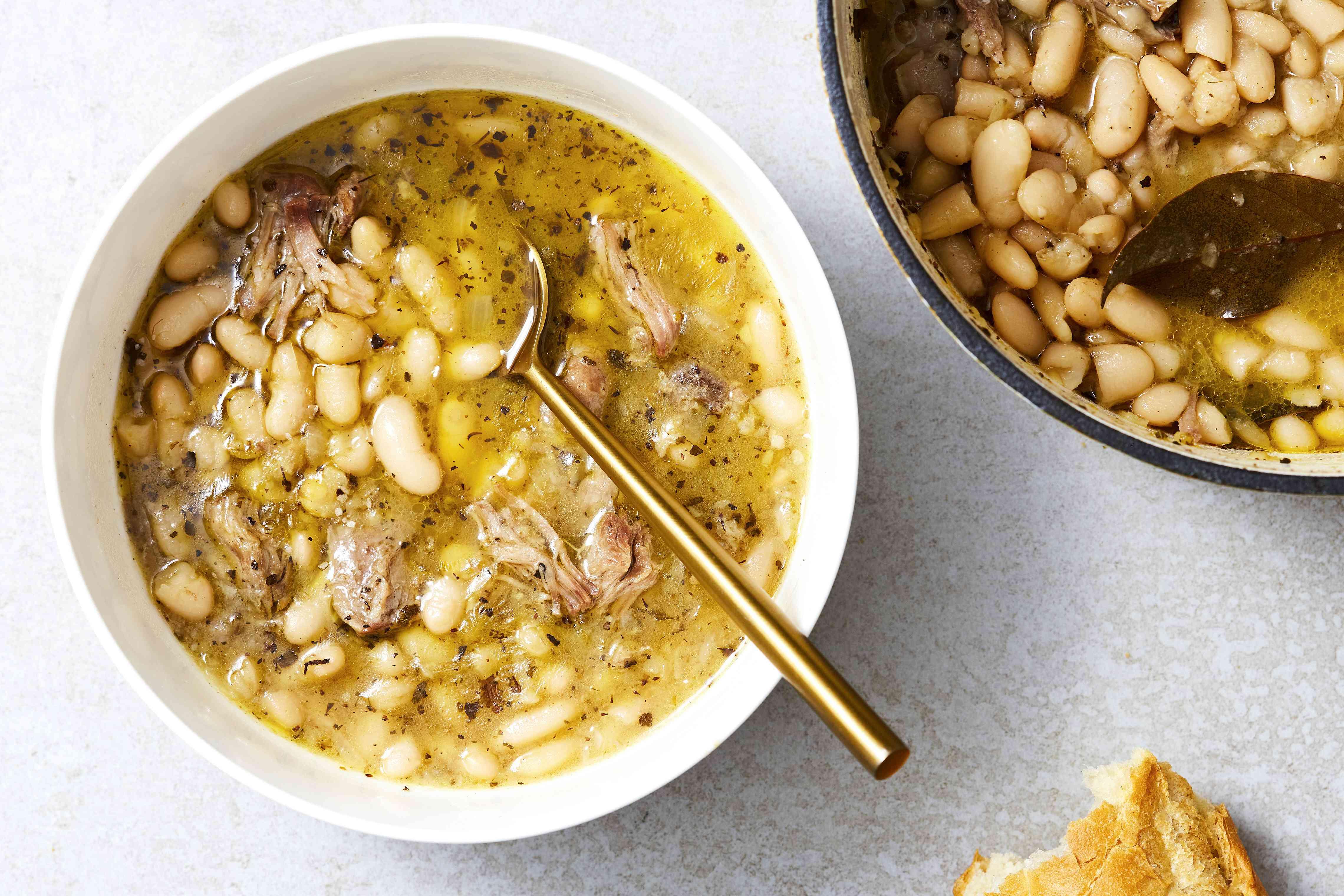 Cuban White Bean Soup