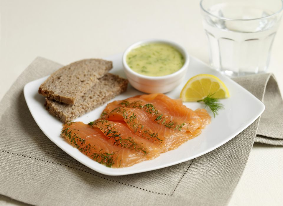 Gravadlax with Dill Sauce