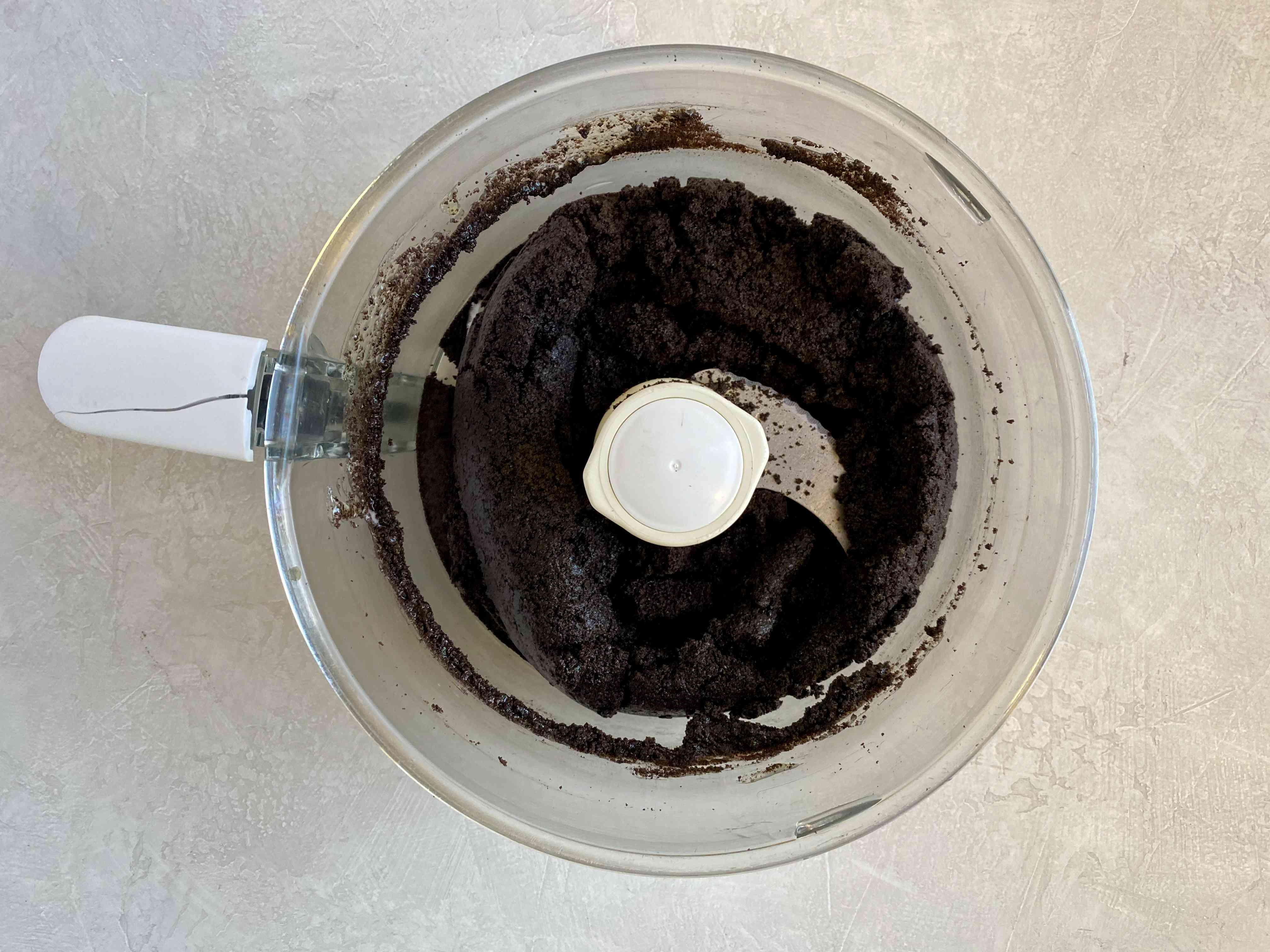 Oreo cookie crust in food processor