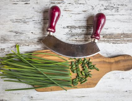 The 8 Best Mezzaluna Knives of 2020