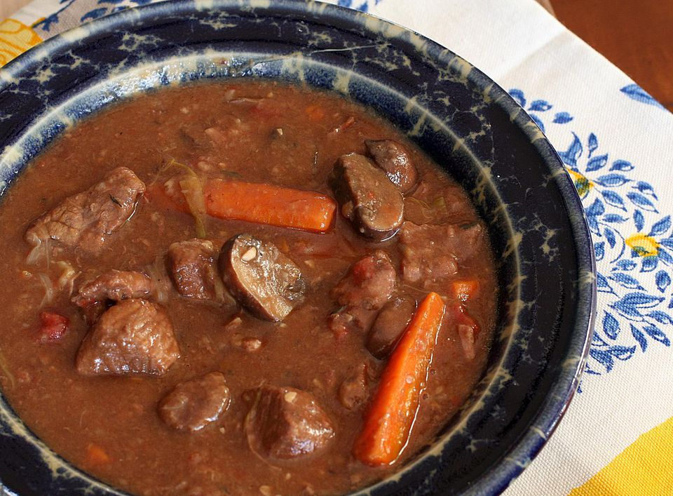 Beef Stew With Mushrooms and Carrots