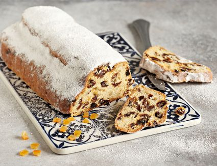 A loaf of stollen.