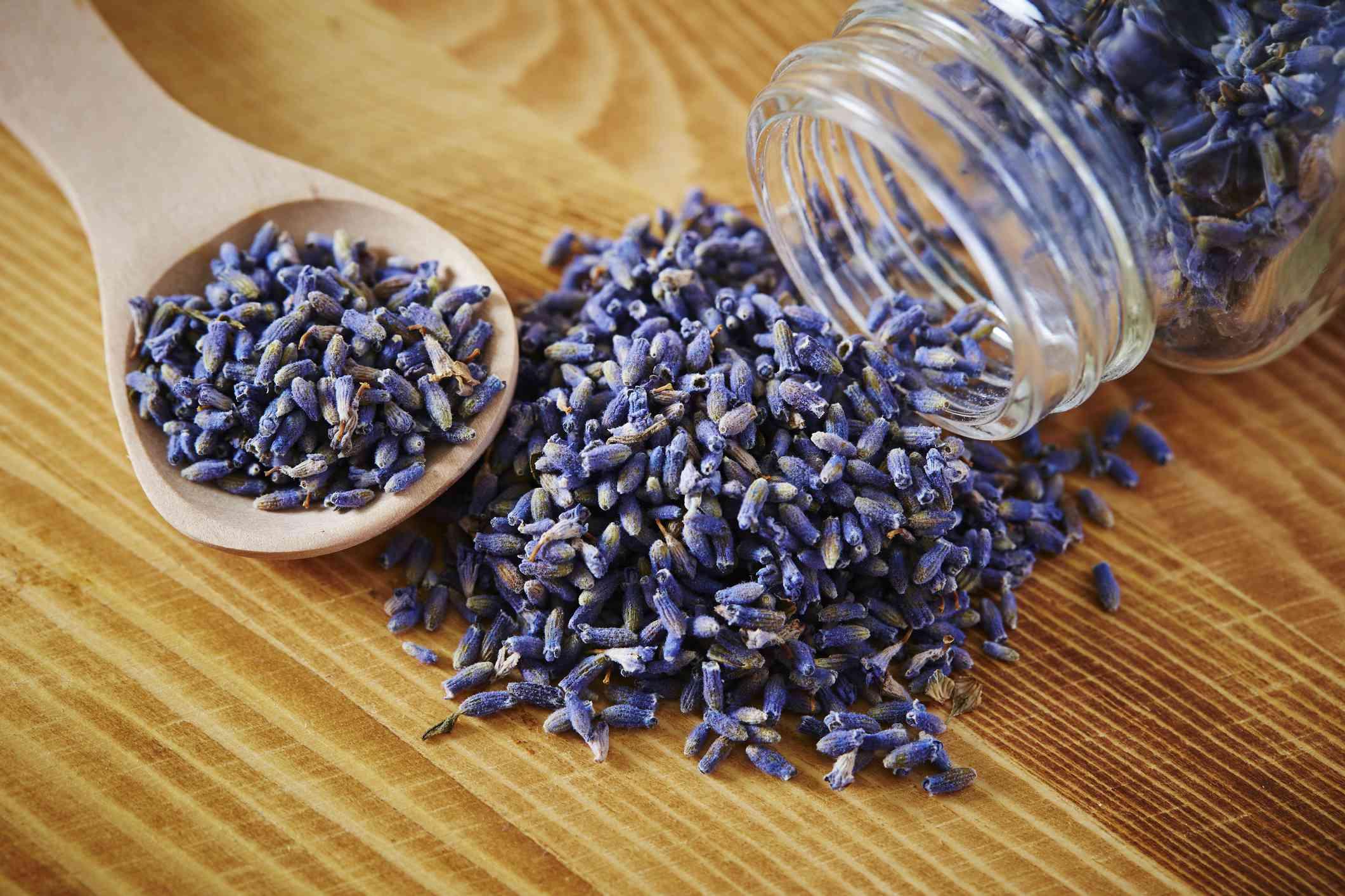 Lavender tea leaves