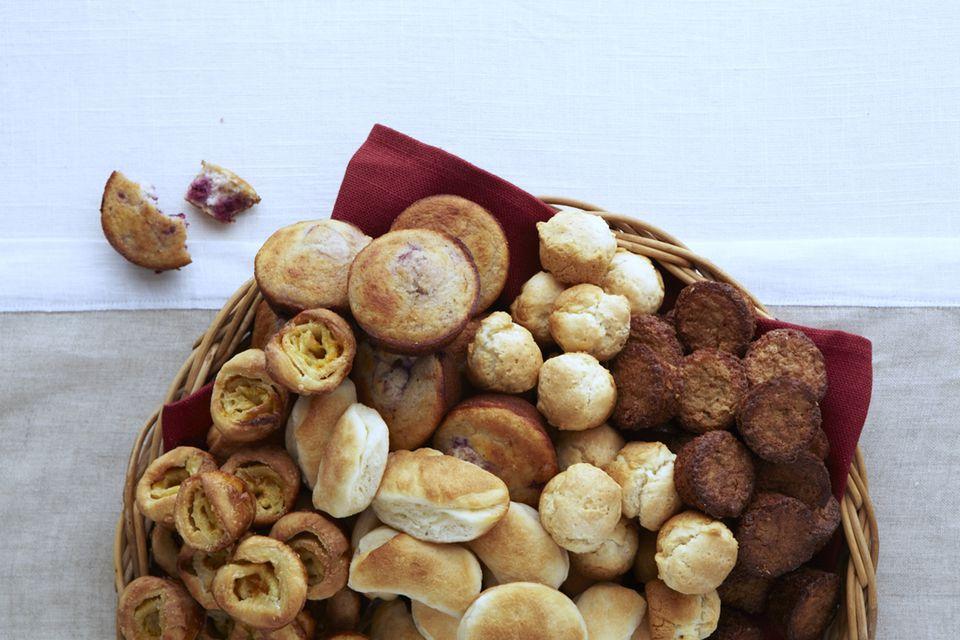 Bread, rolls, cornbread