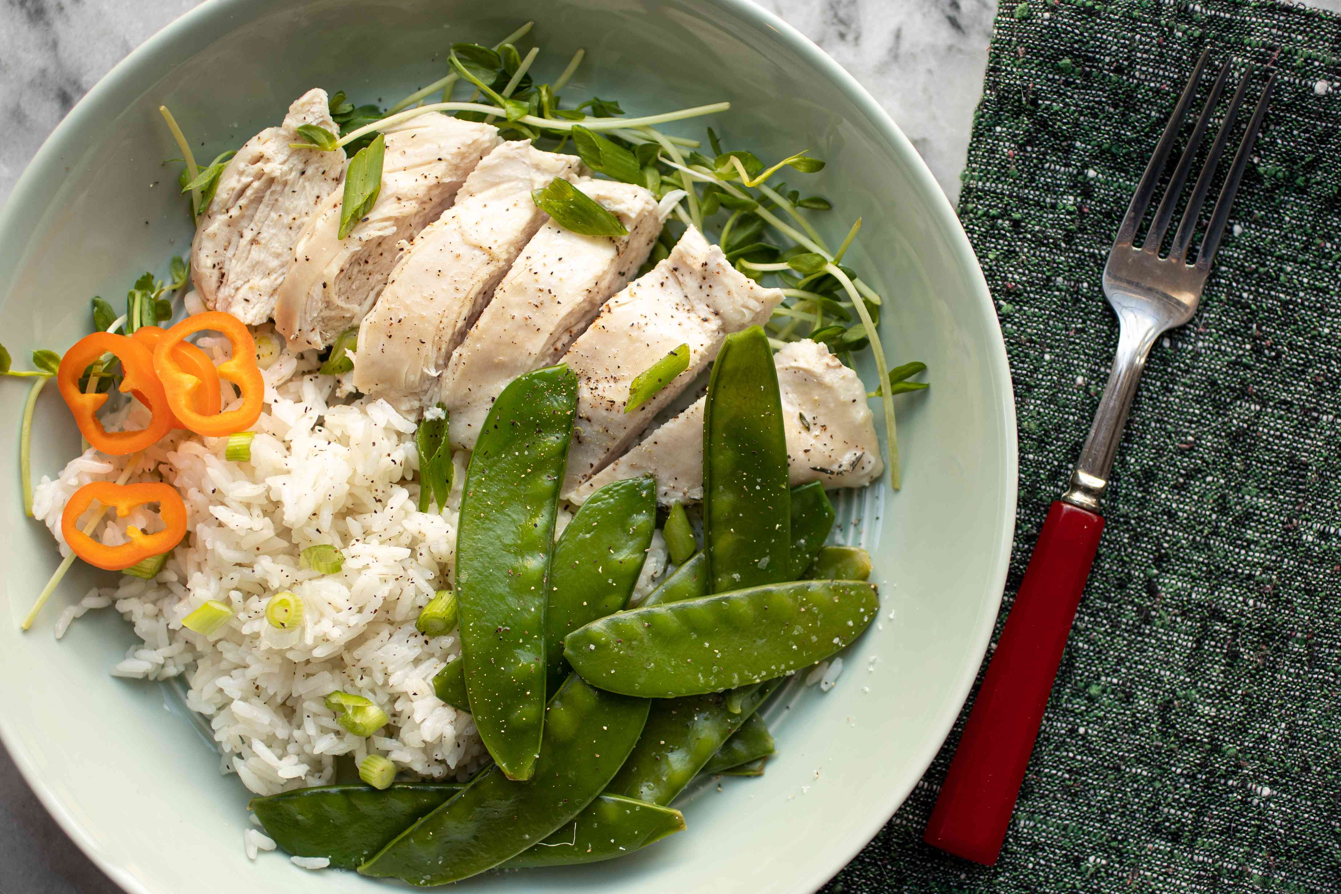 instant pot chicken breasts with rice and pea pods