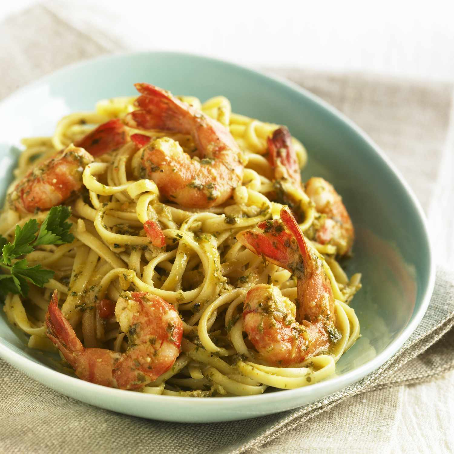 Shrimp linguini