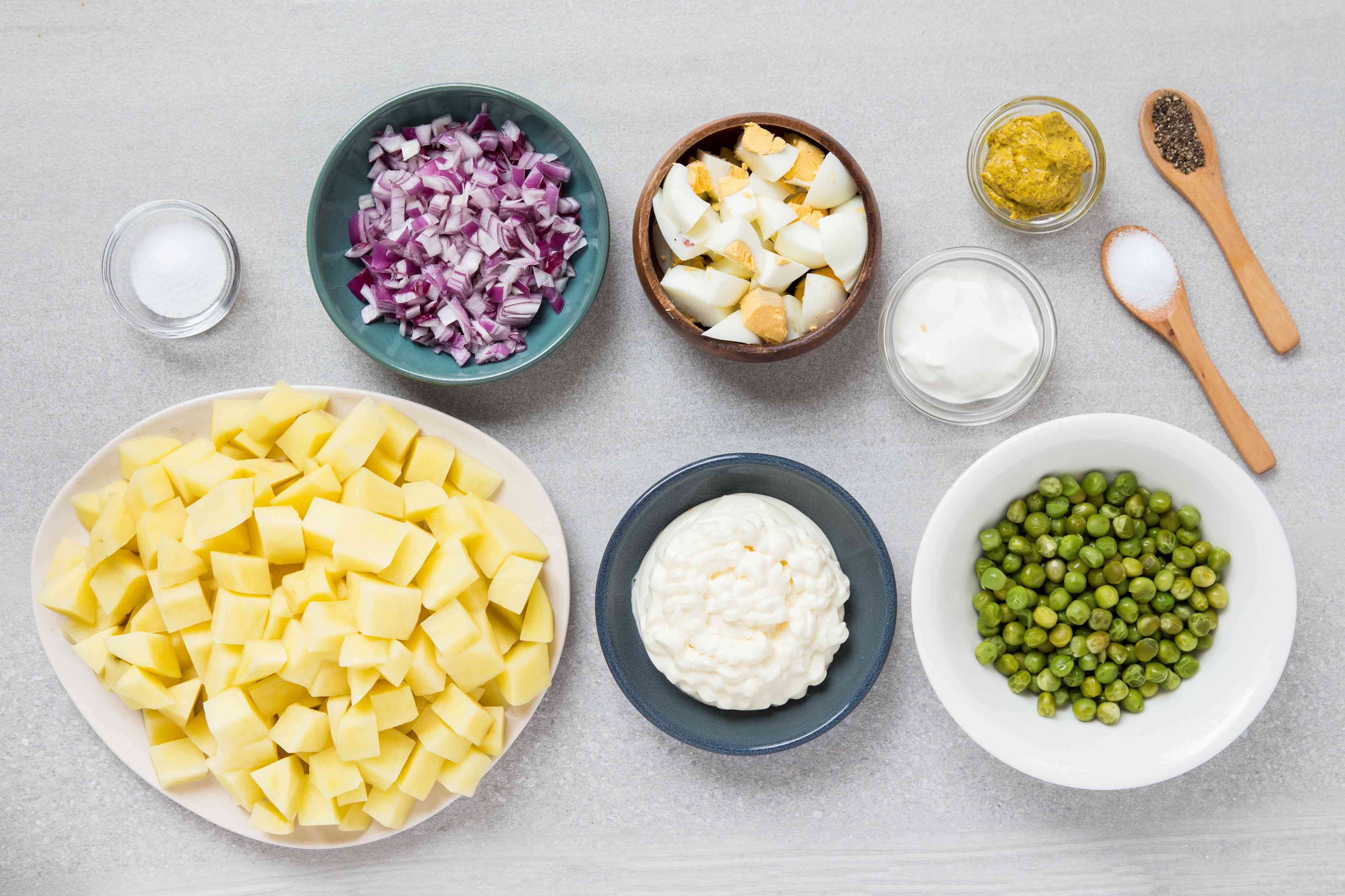 Potato Salad With Eggs and Peas ingredients