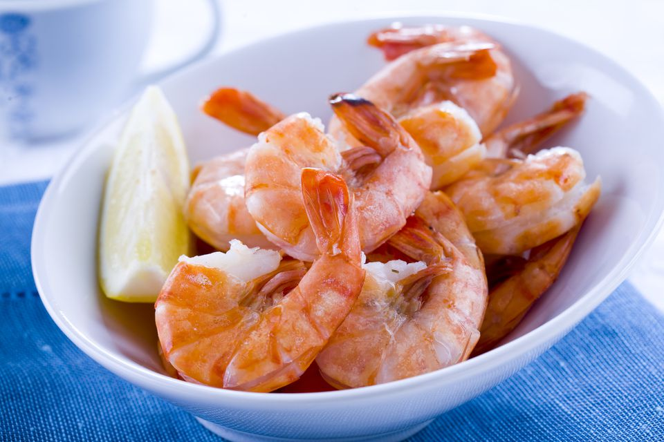 Shrimp in a white dish