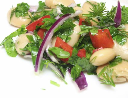 Vegan white bean salad with fresh herbs