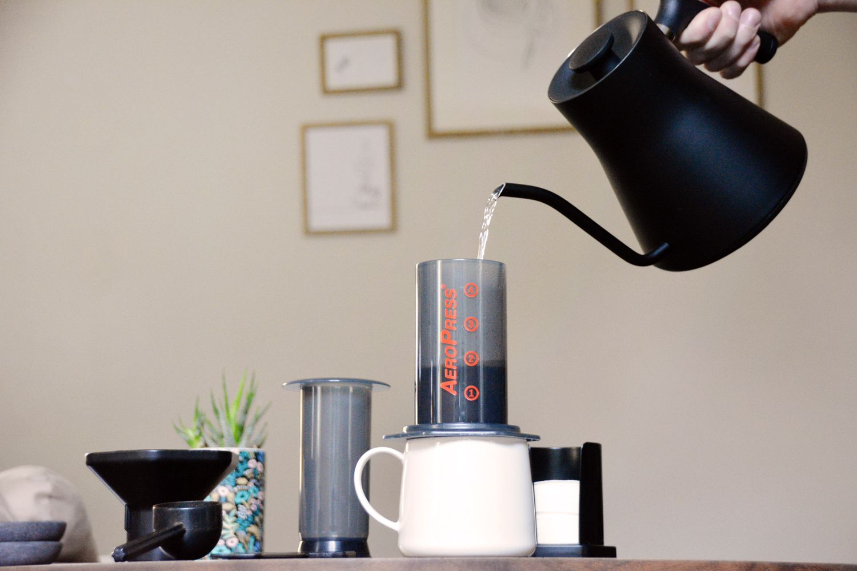 aeropress-coffee-maker-water
