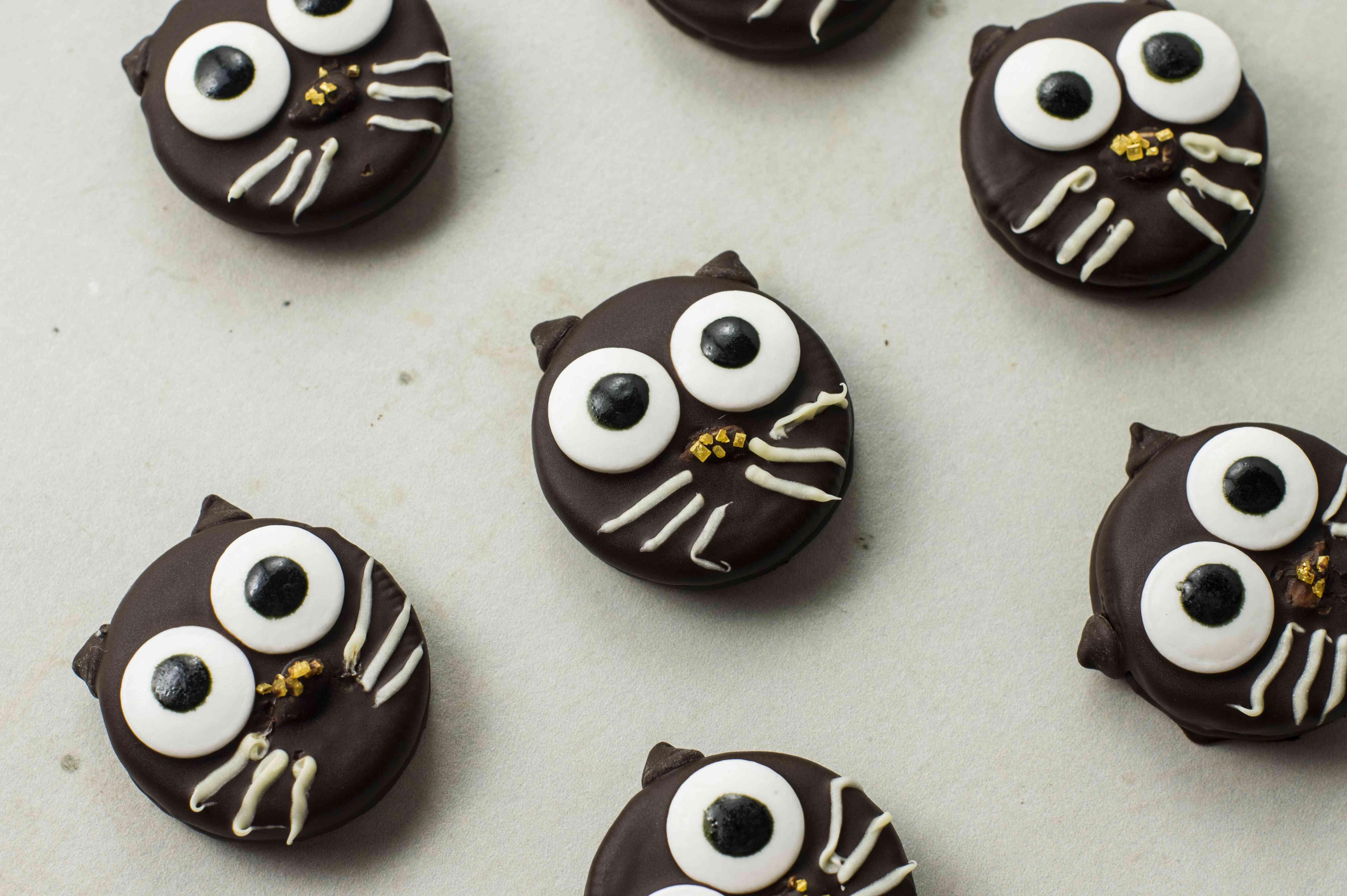 Black cat chocolate dipped cookie recipe
