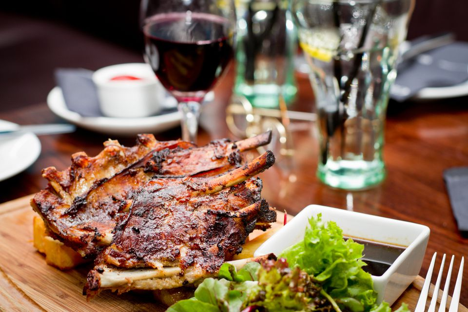 bbq ribs with glass of wine