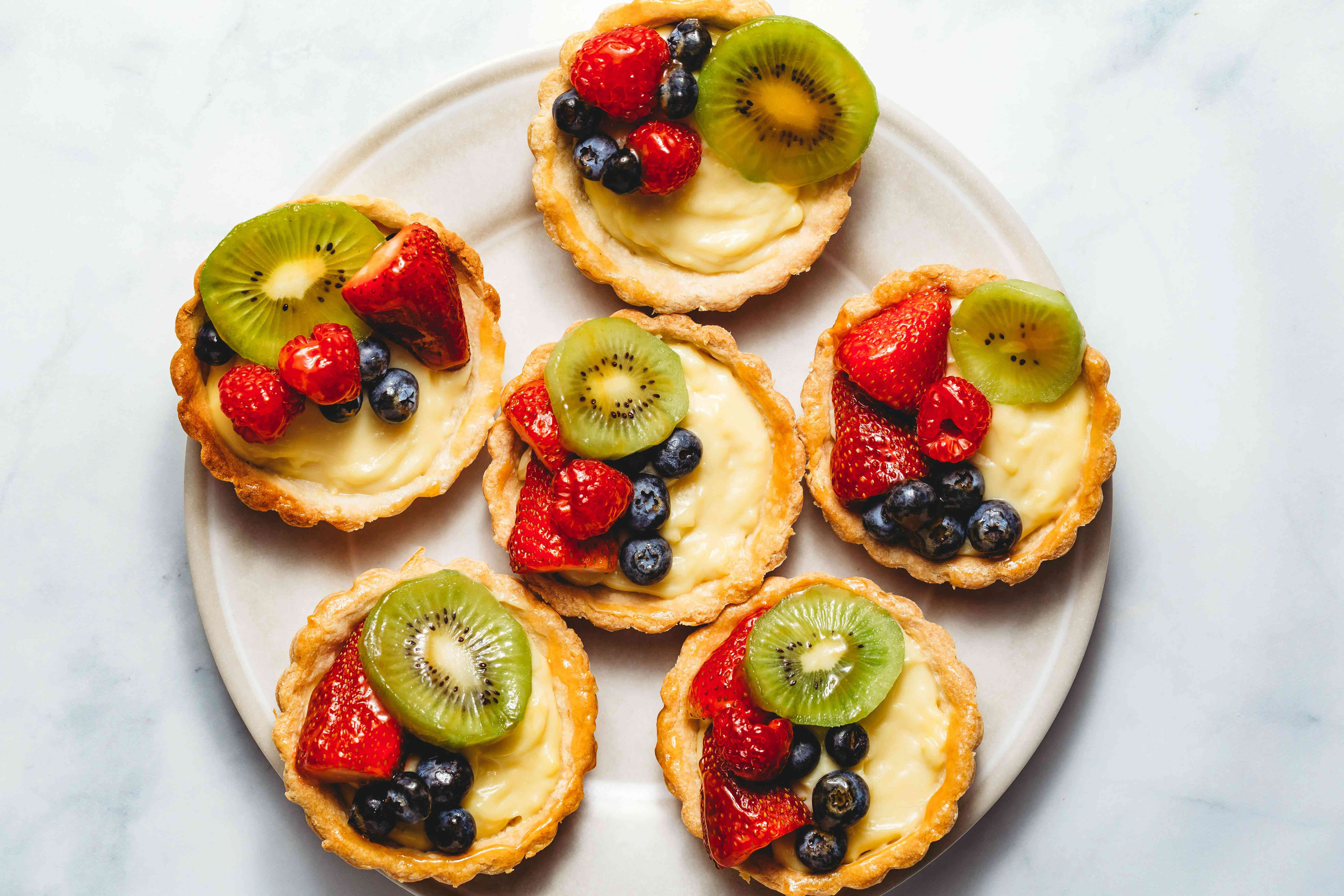 Fruit Tart With Pastry Cream Filling