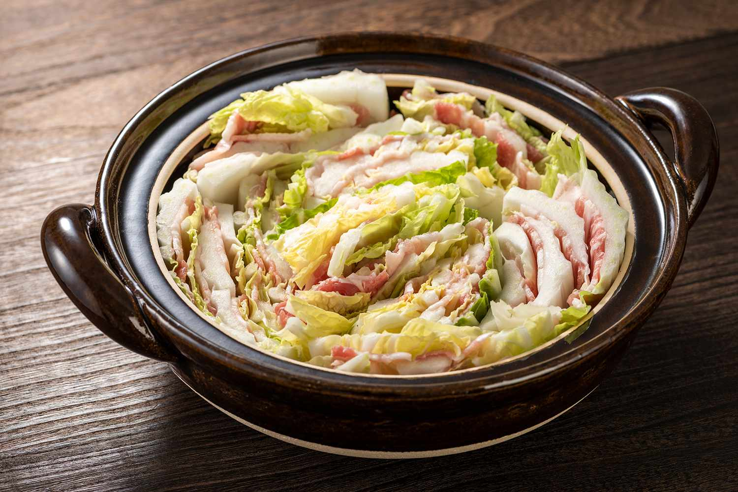 Layered pot of Chinese cabbage and pork roses