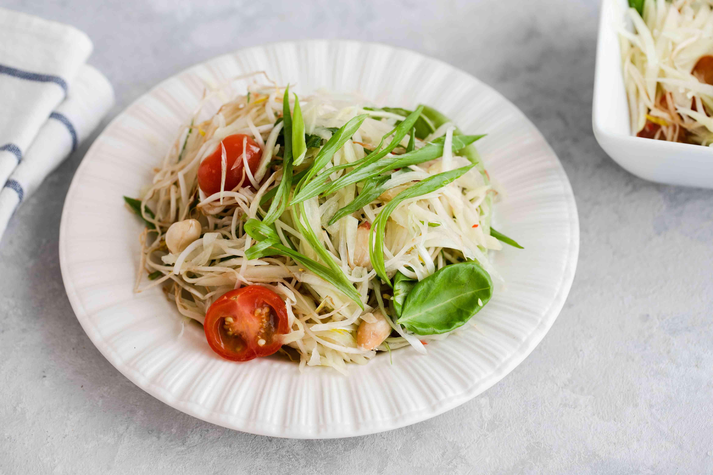 Som tam thai recipe