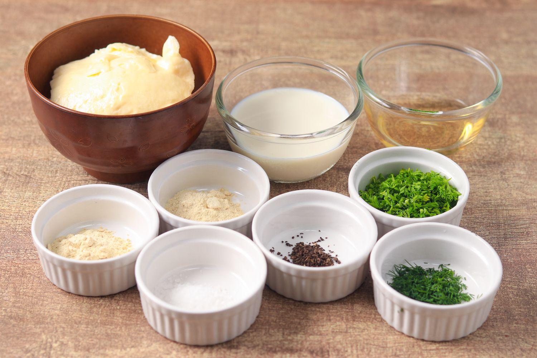 Simple Vegan Ranch Dressing Recipe