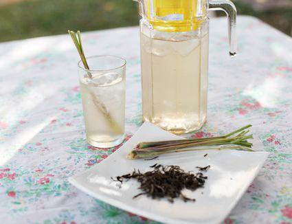 Iced lemongrass tea