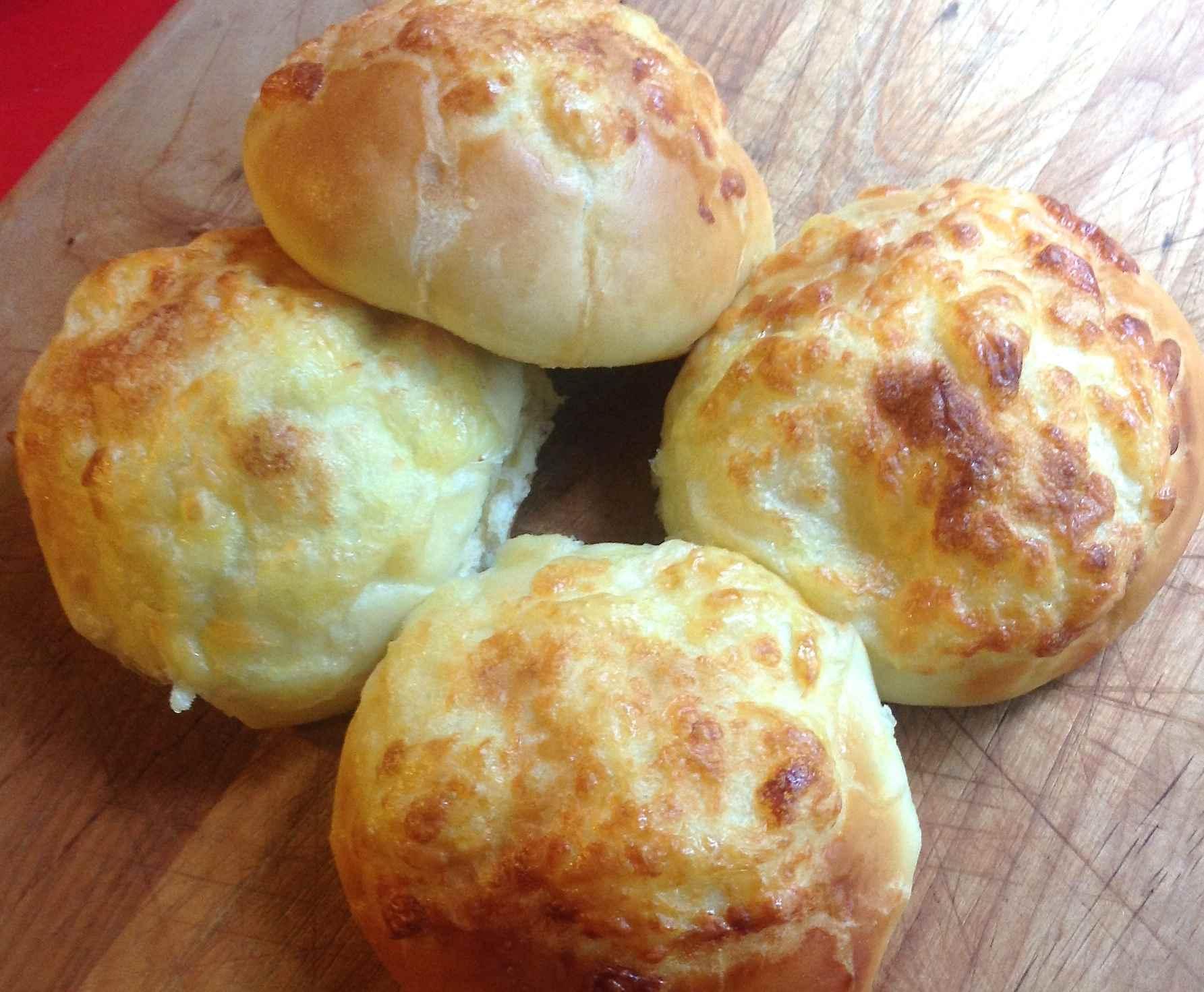 Ecuadorian Cheese Rolls