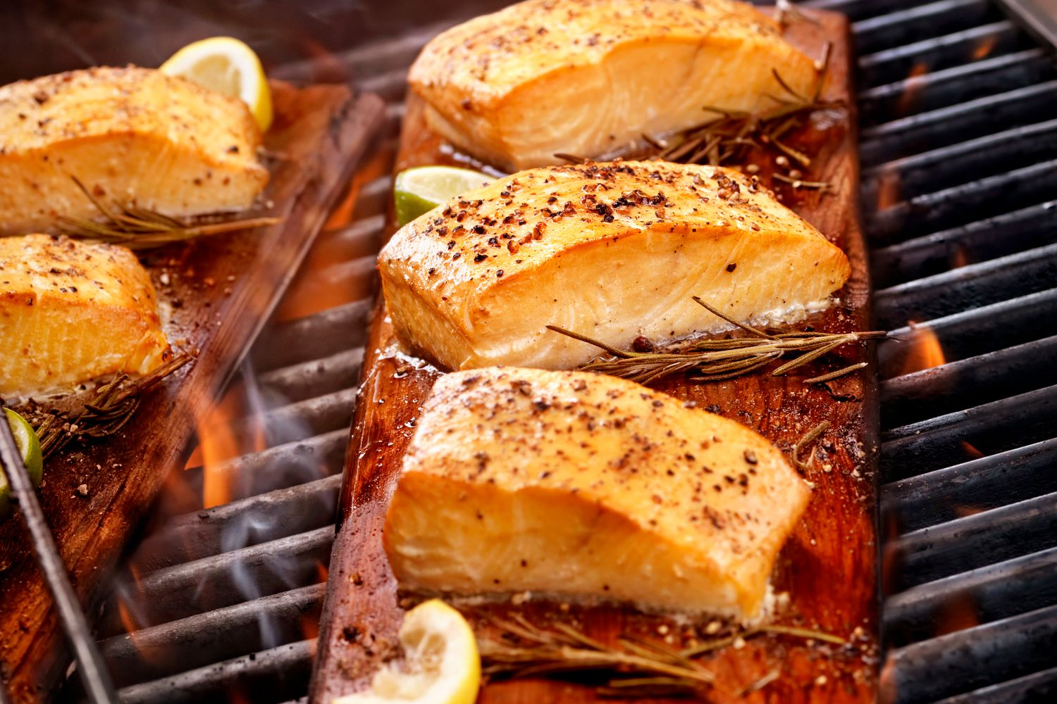 How to Make Smoked Salmon on the Grill