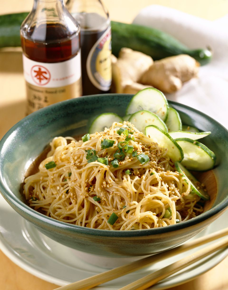 Hot sesame noodles with cucumber