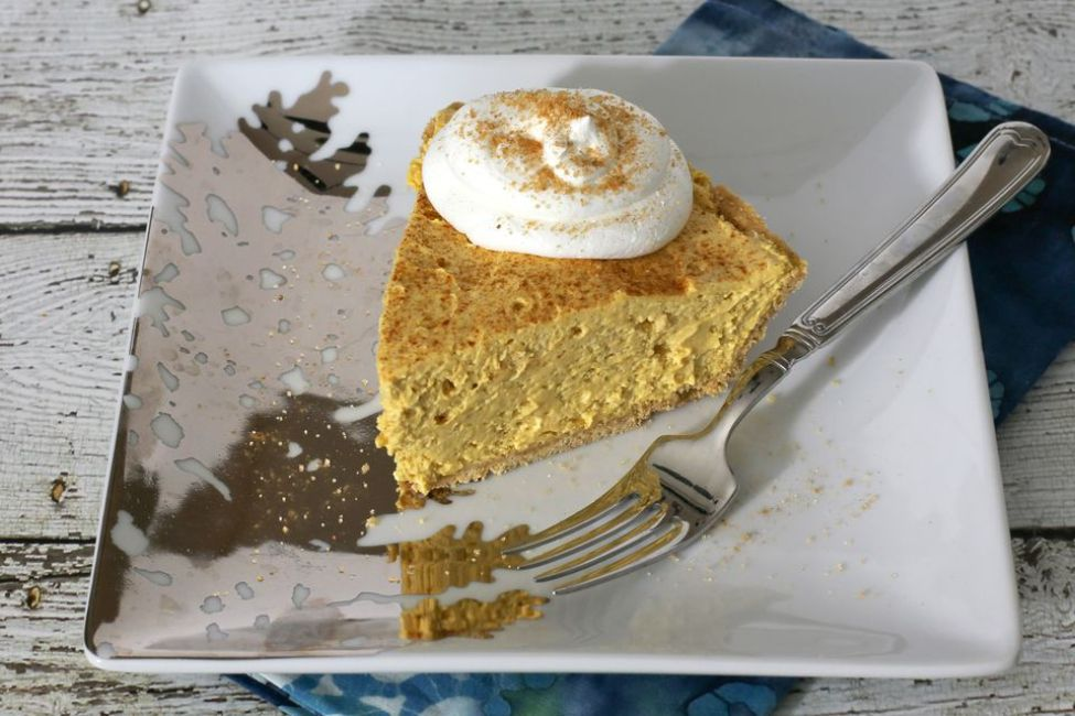 10 Minute No-Bake Pumpkin Pie