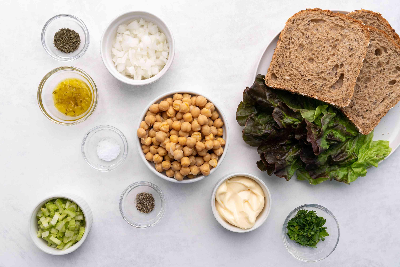 Vegan Chickpea Tuna Salad ingredients
