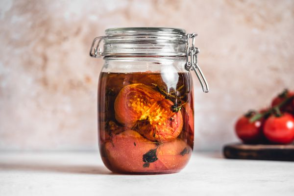 Preserved Tomatoes in Olive Oil