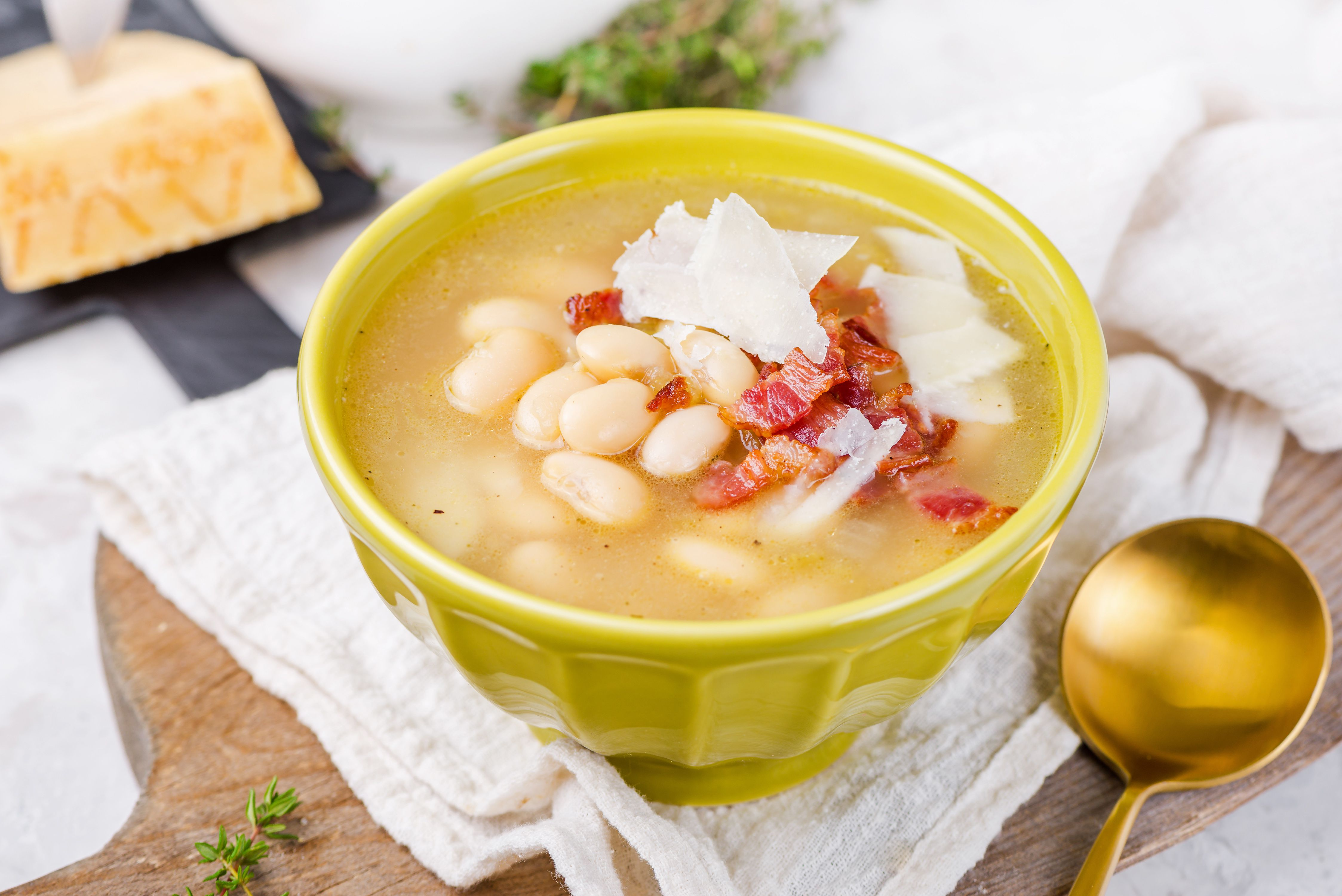 Classic White Bean Soup Recipe With Bacon