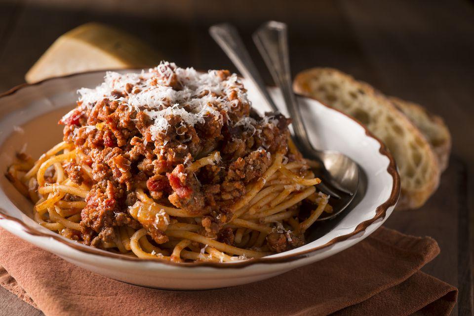 Receta de espagueti con pastel de carne