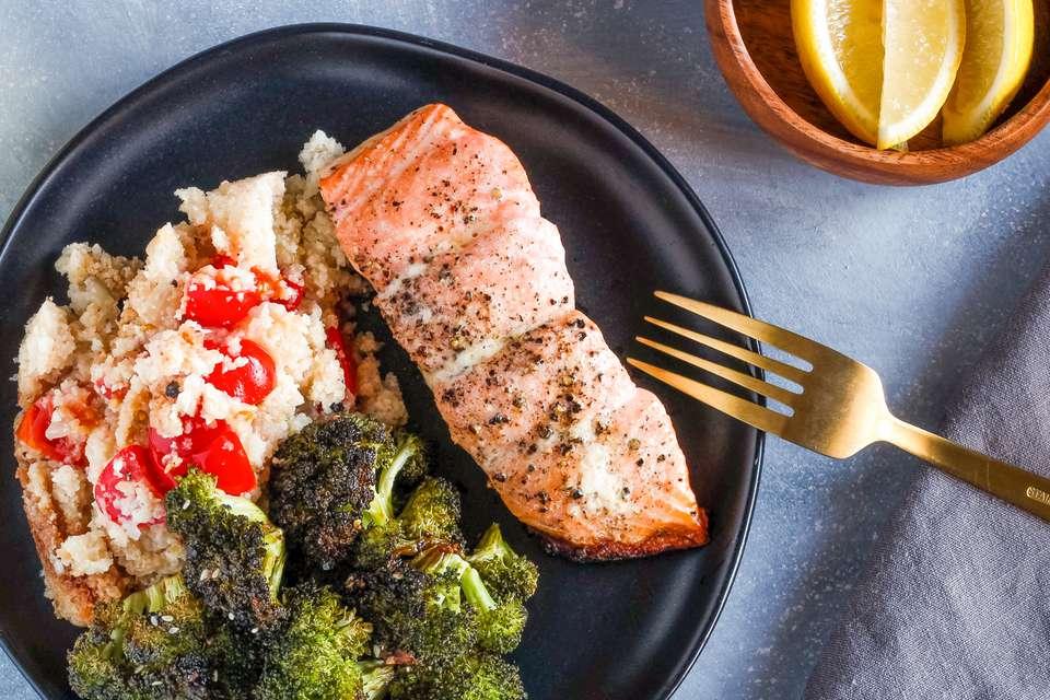 Cómo asar salmón en 7 sencillos pasos