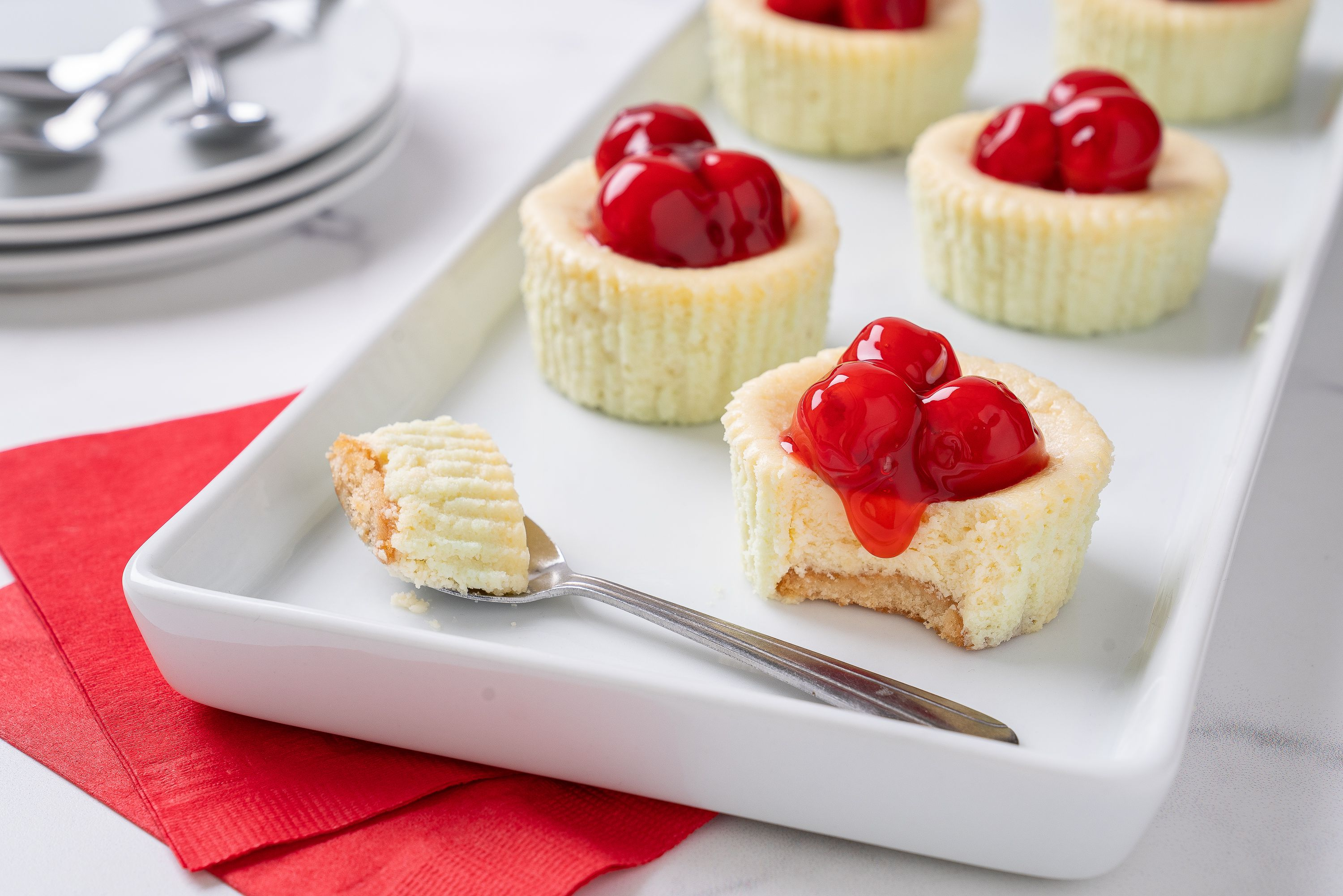 These Adorable Mini Cheesecakes Have Individual Nilla Wafer Crusts