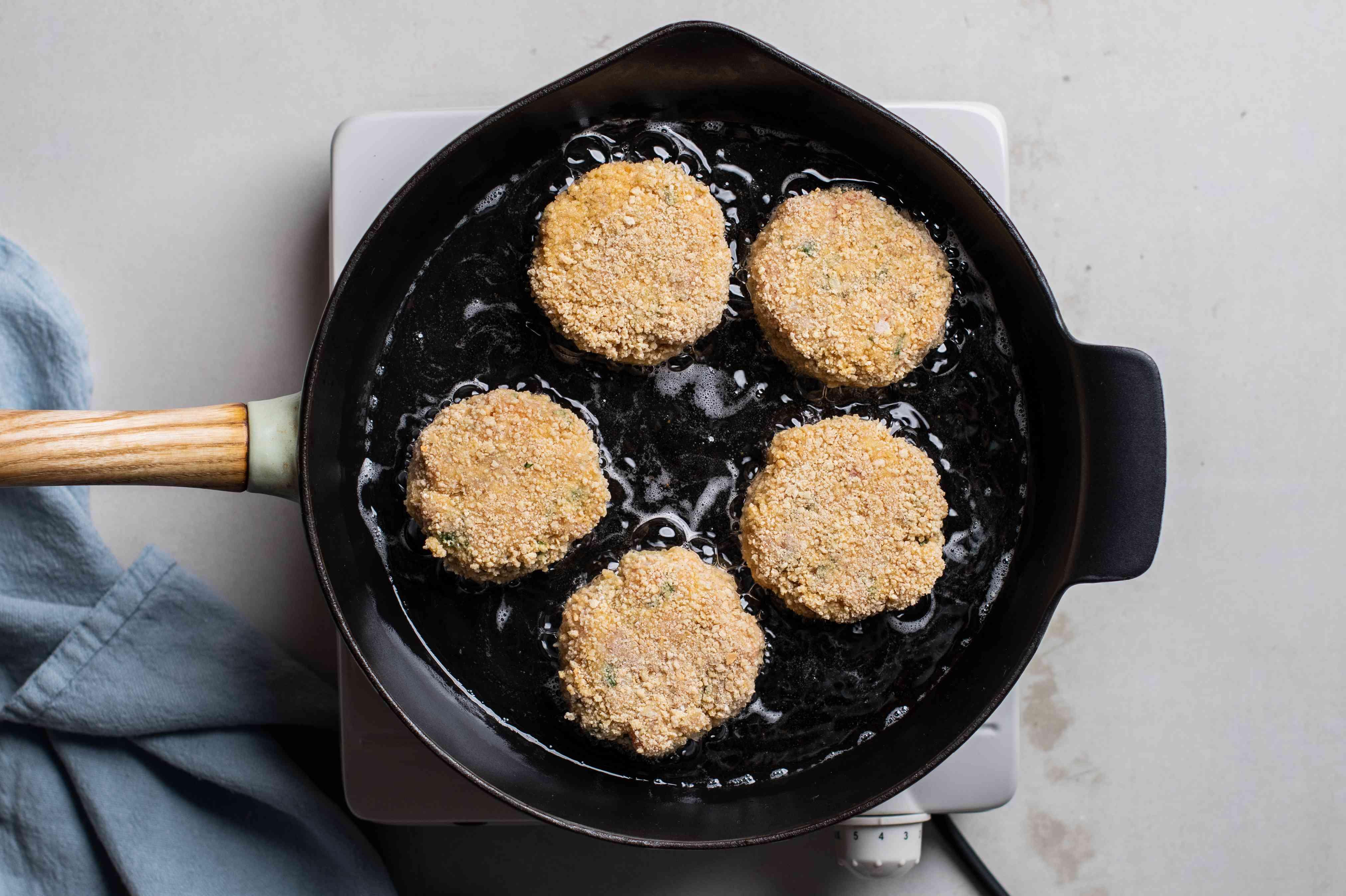 Pan-frying crab cakes