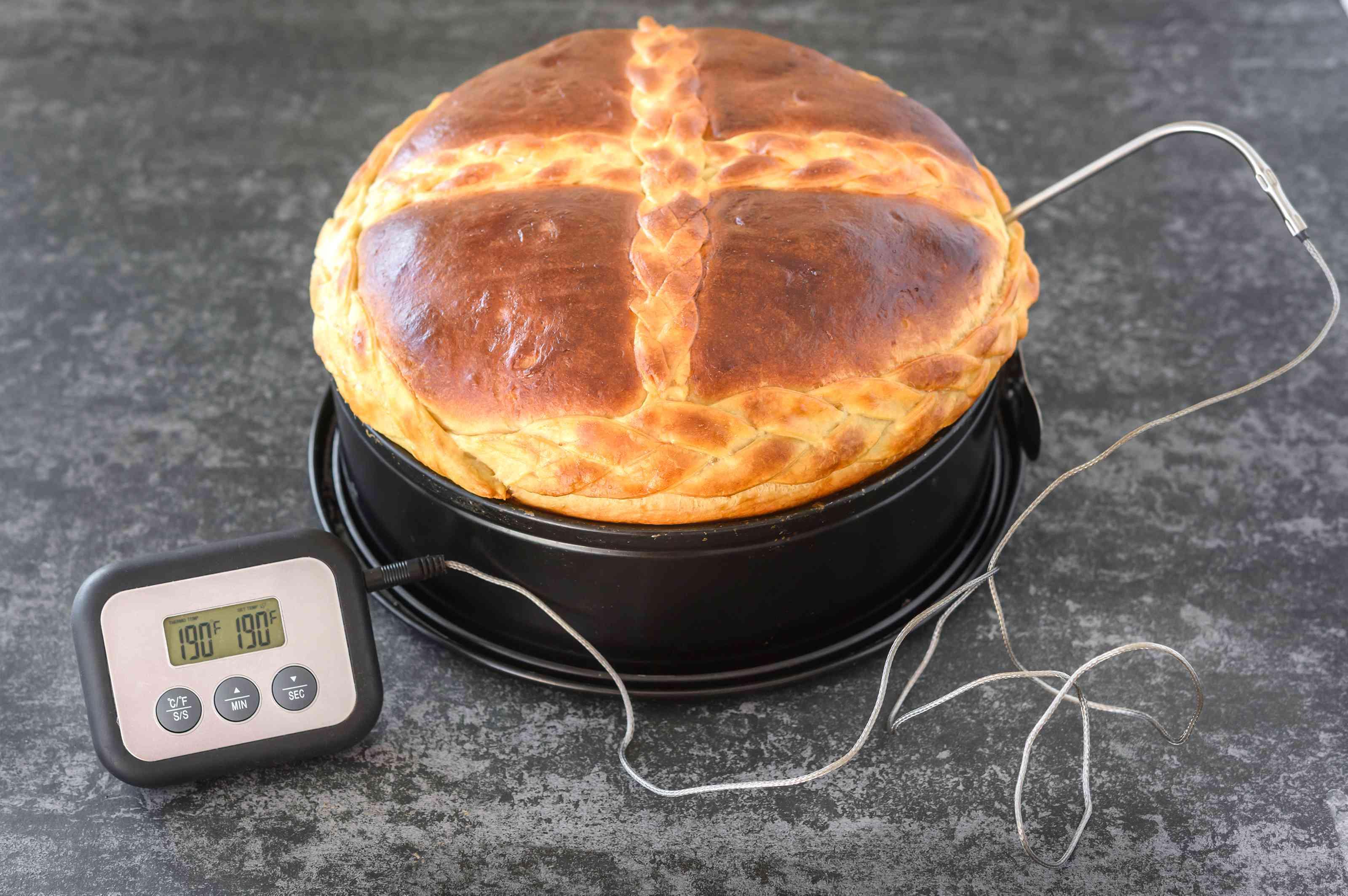 Make sculpting dough