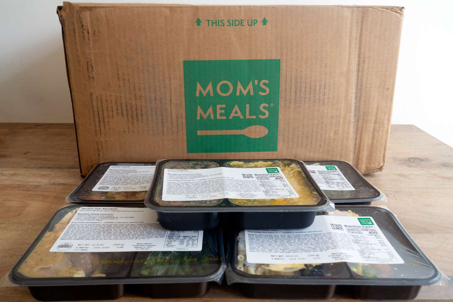 Mom's Meals packaging