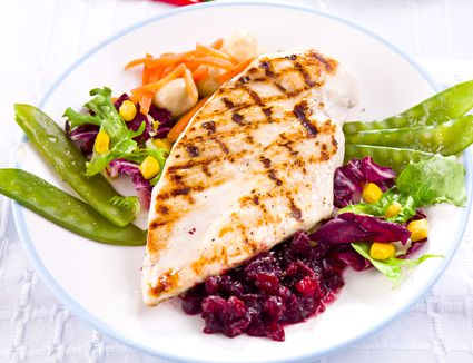 A healthy chicken and salad meal