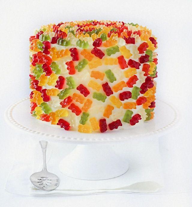Gummi bear cake