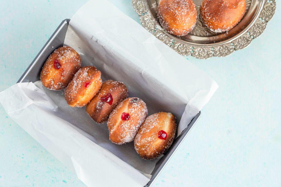 Polish Paczki doughnuts recipe