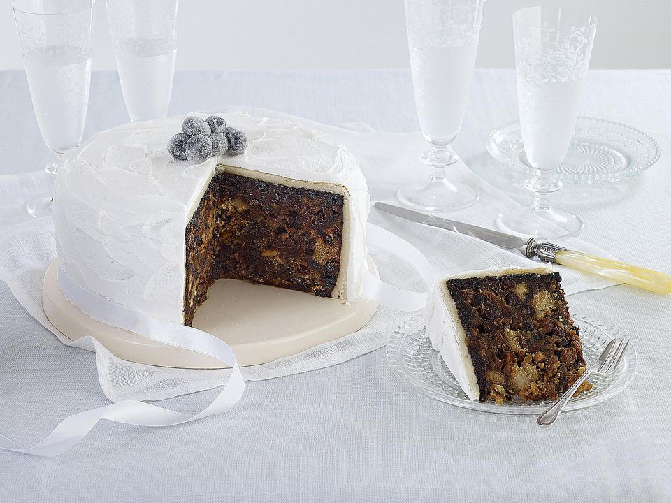 How Long Does It Take To Make A Christmas Cake