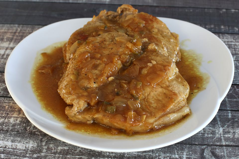 Pork Chops Braised With Tangy Sauce